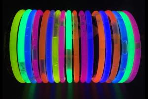 decoracion fiesta neon